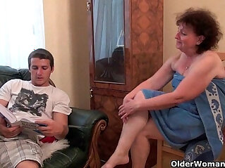 avó - Why are you touching my penis grandma?