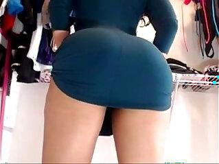 Bet upskirt ever ! Ebony latina showing off on cam