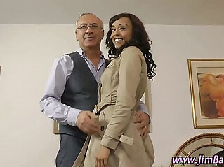 Ebony amateur in stockings gets fucked