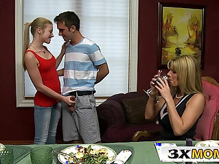 Cougar Mom Shares Cock With hot Teen Stepdaughter Avril Hall, Kristal Summers