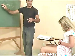 Schoolgirls panties get all wet in class