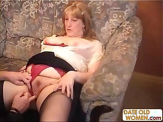 Old man and old woman have a hardcore fucking