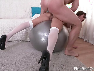 TEENS FIRST time ever ANAL FUCKING LEAVES HER ASSHOLE GAPING OPEN