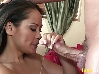 Perfect blow from a hot cum lover Jessica Bangkok