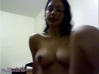 Amateur Indian Muslim Teen Creamy Masturbation To Orgasm Webcam